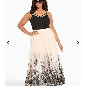 Mesh embroidered maxi skirt